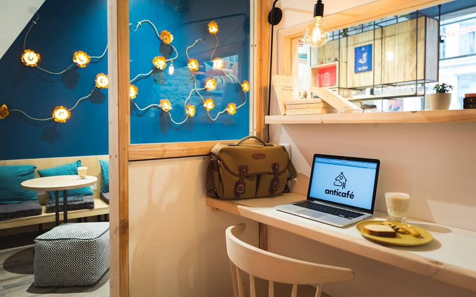 Travailler à l'Anticafé de Lyon