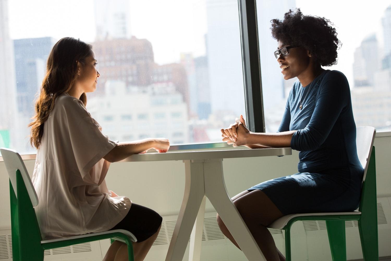Comment demander des conseils à un écrivain ?